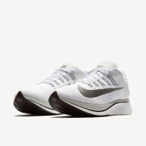 New Size 11 Nike Zoom Fly